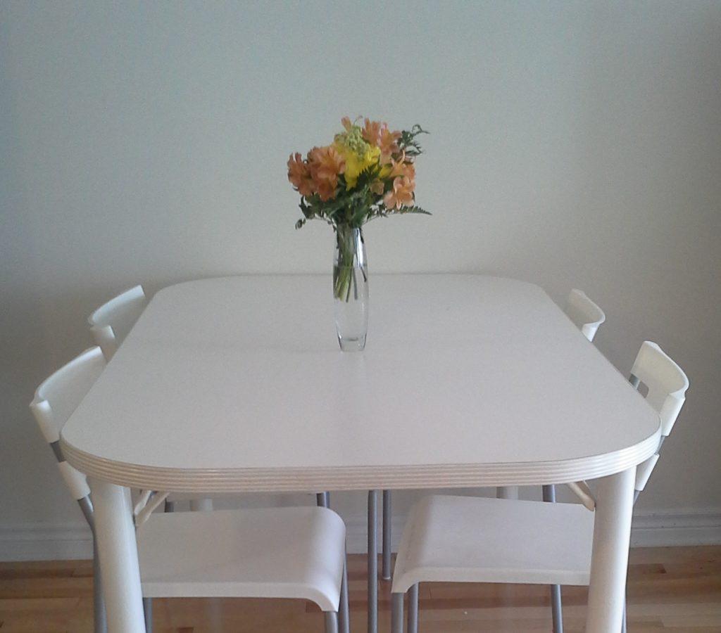 declutter home minimalism